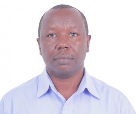 Dr. Mwangi, Jonathan