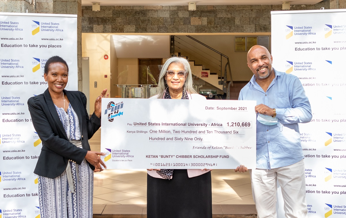 Pictorial: Alumni Office receives scholarship grant in honour of the late Ketan Chibber